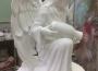 храмовая скульптура Ангел изливающий
